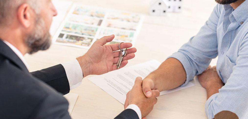 Engager les services d'une agence immobilière pour la recherche de biens